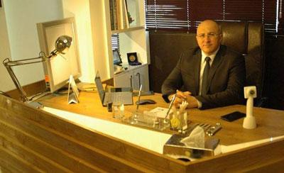 دکتر کیانوش ناهید جراح بینی در مشهد