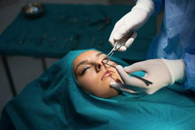 جراحی بینی استخوانی به روش بسته